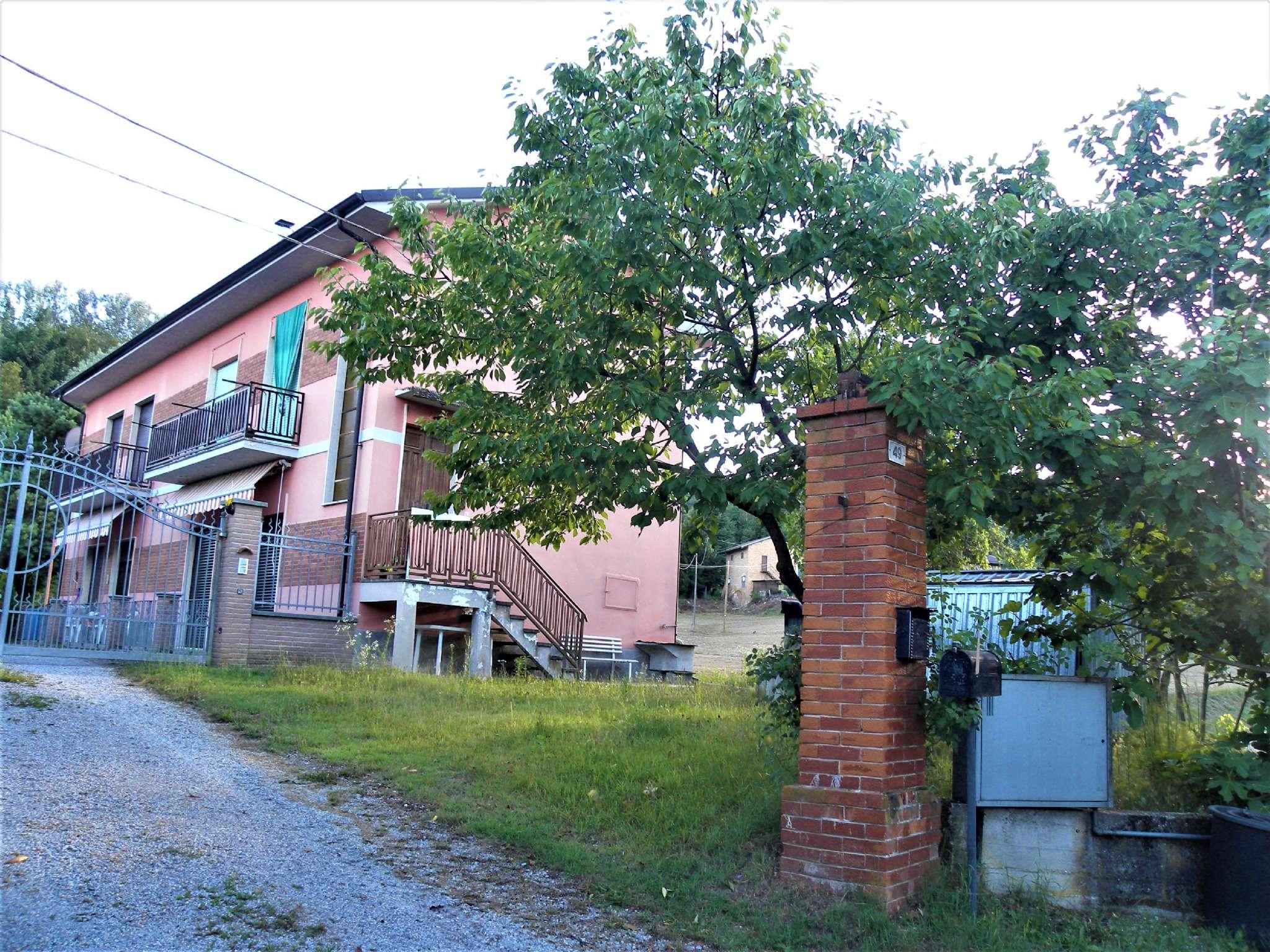 Appartamento in buone condizioni arredato in vendita Rif. 6420366