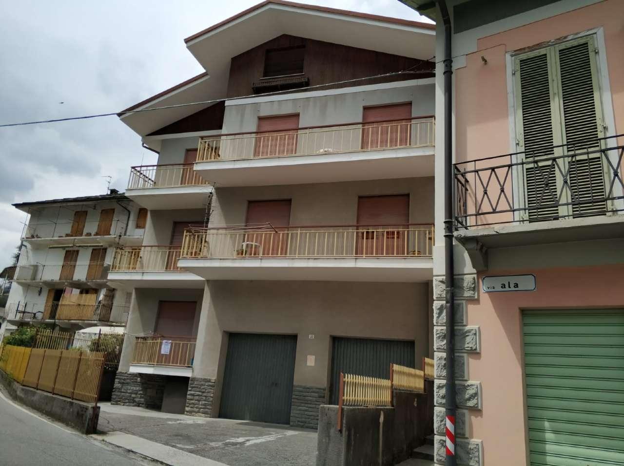Appartamento in buone condizioni arredato in vendita Rif. 6332658
