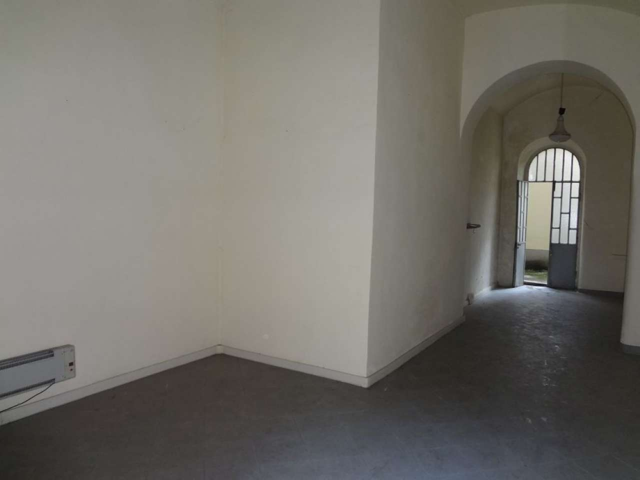 Negozio in affitto Zona Vanchiglia, Regio Parco - via Giulia di Barolo Torino