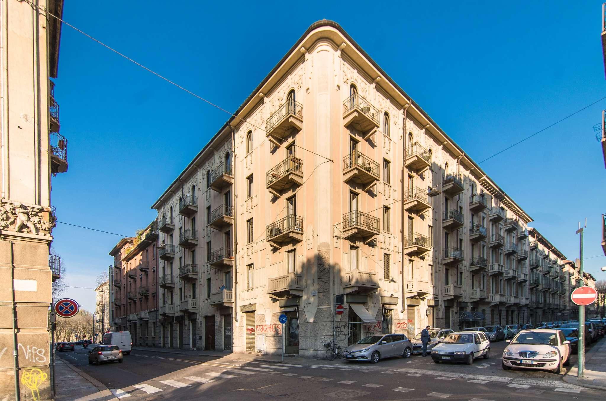 Appartamento in vendita Zona Vanchiglia, Regio Parco - via denina Torino