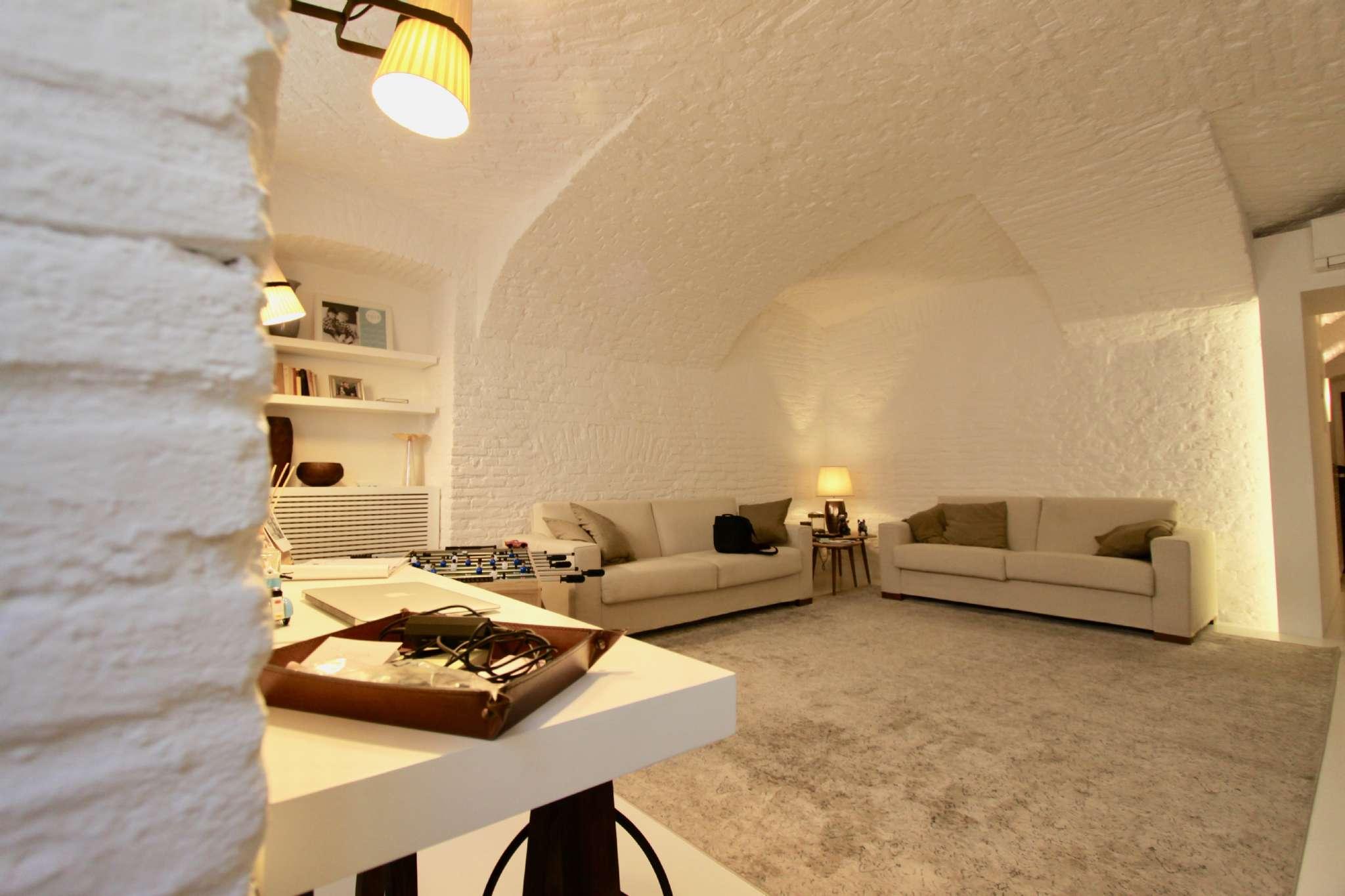 Appartamento in vendita Zona Centro - via Carlo Alberto 24 Torino