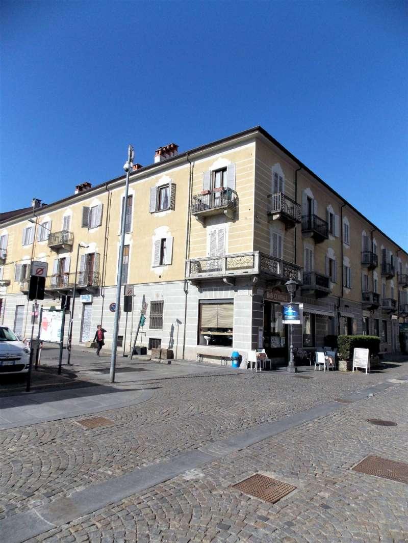 Appartamento in vendita via Andrea Mensa Venaria Reale
