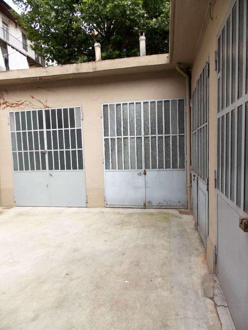 Magazzino/Laboratorio in vendita Zona Cit Turin, San Donato, Campidoglio - via San Rocchetto Torino