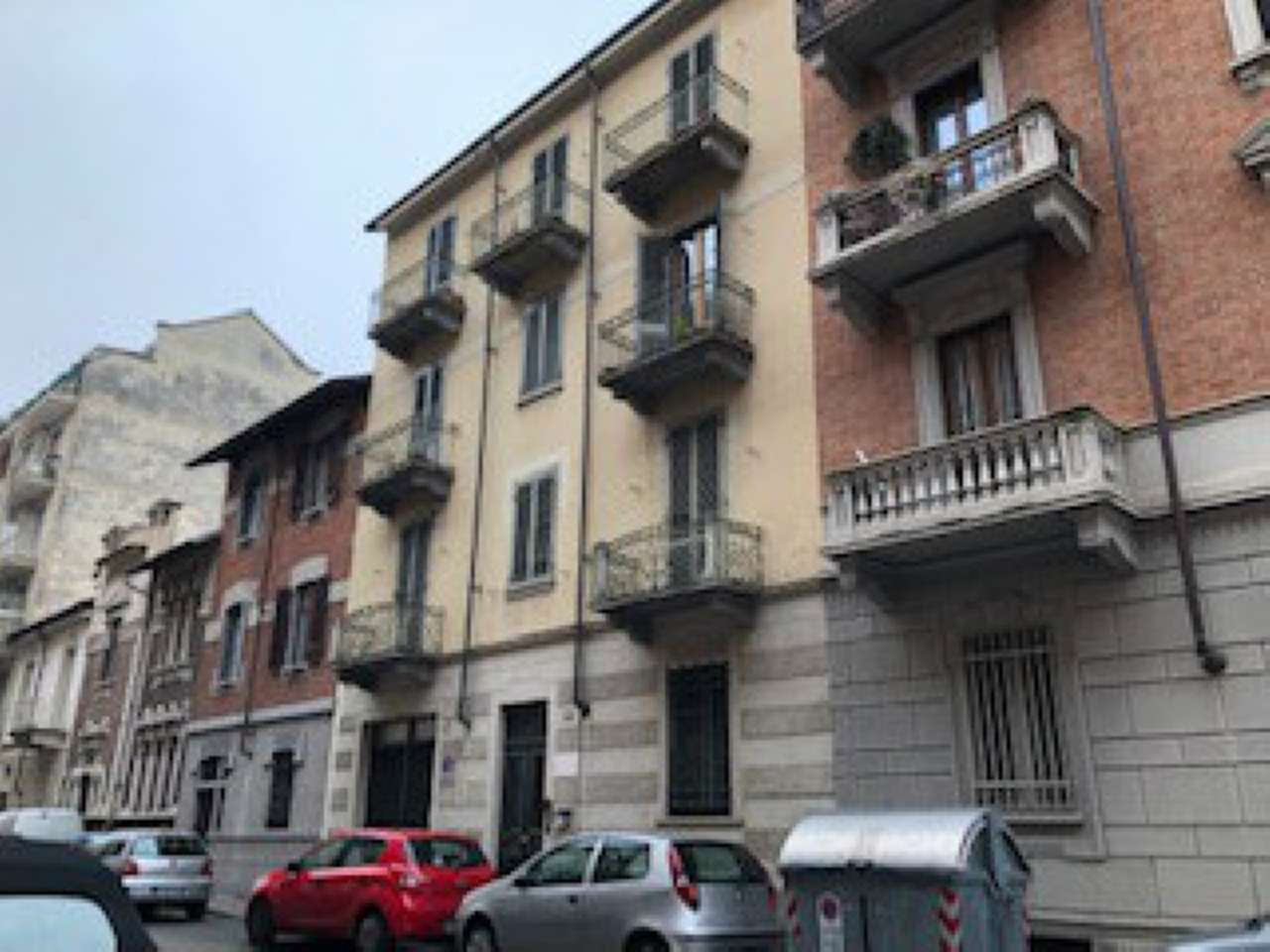 Appartamento in buone condizioni arredato in affitto Rif. 9486897