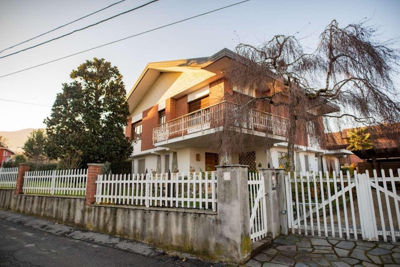 Casa Indipendente in buone condizioni in vendita Rif. 8887355