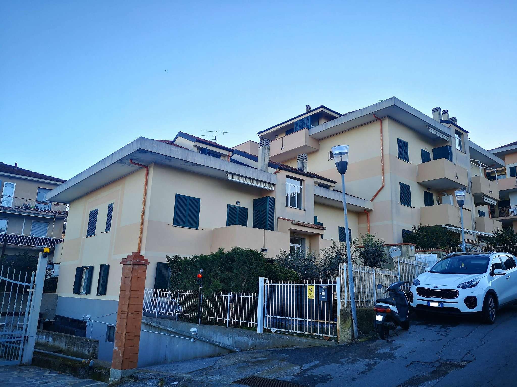 Appartamento in vendita via Rusineo 1 Albenga