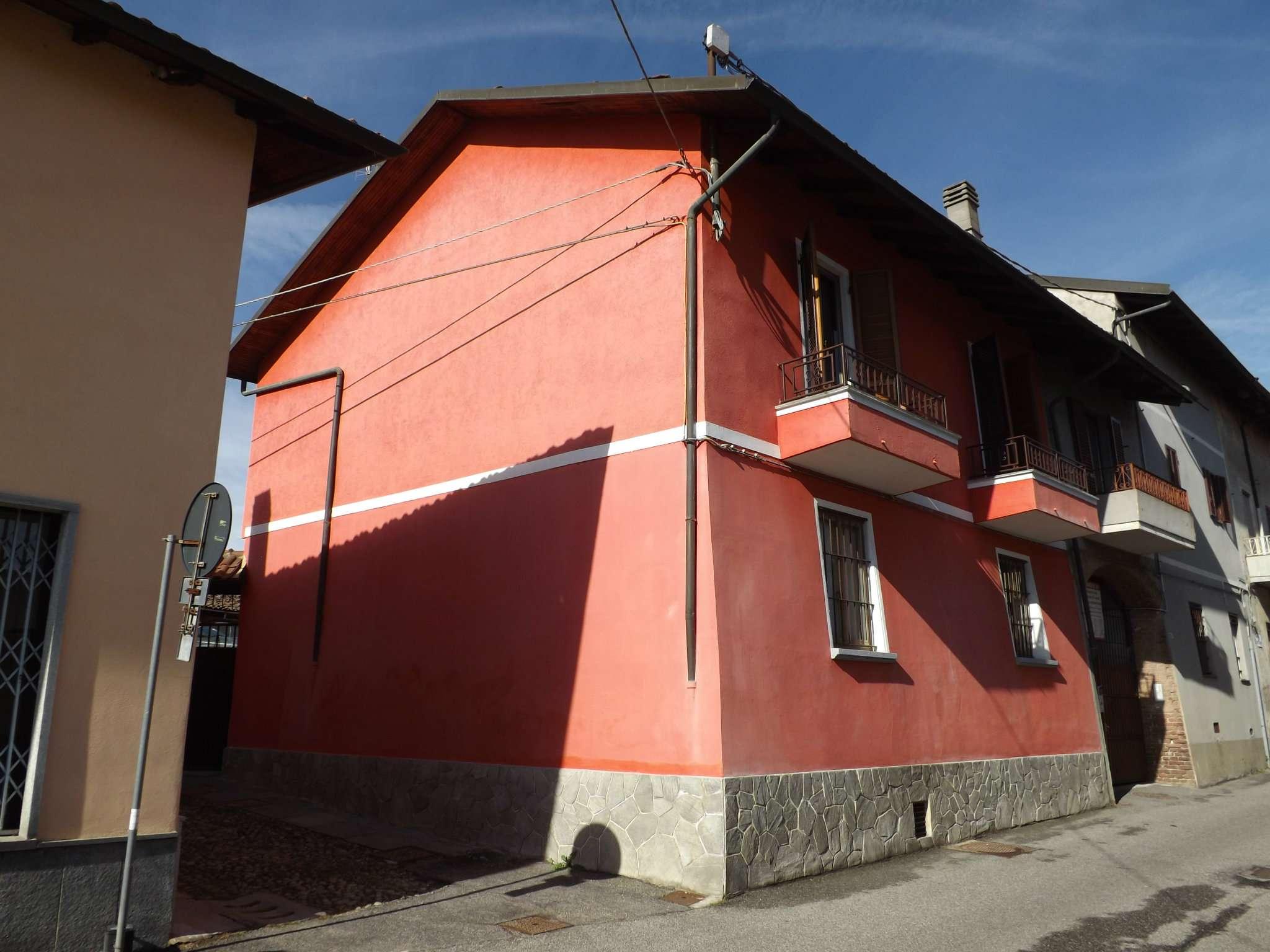 Casa Indipendente in vendita via Montegrappa 94 Rivoli
