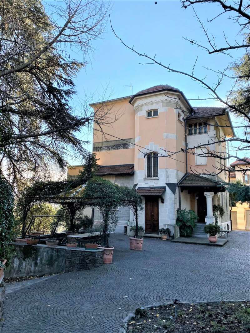 RIVOLI - Villa d'epoca con parco, foto 1