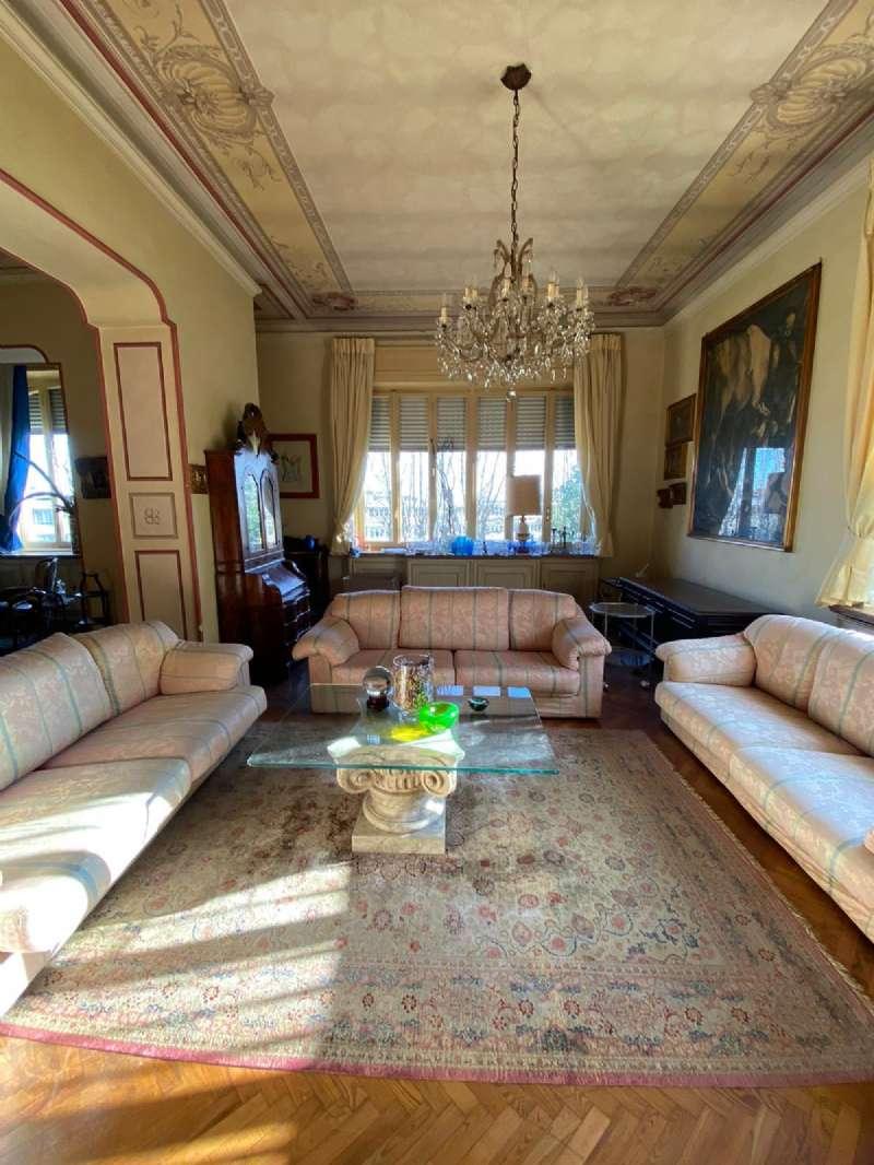 RIVOLI - Villa d'epoca con parco, foto 8