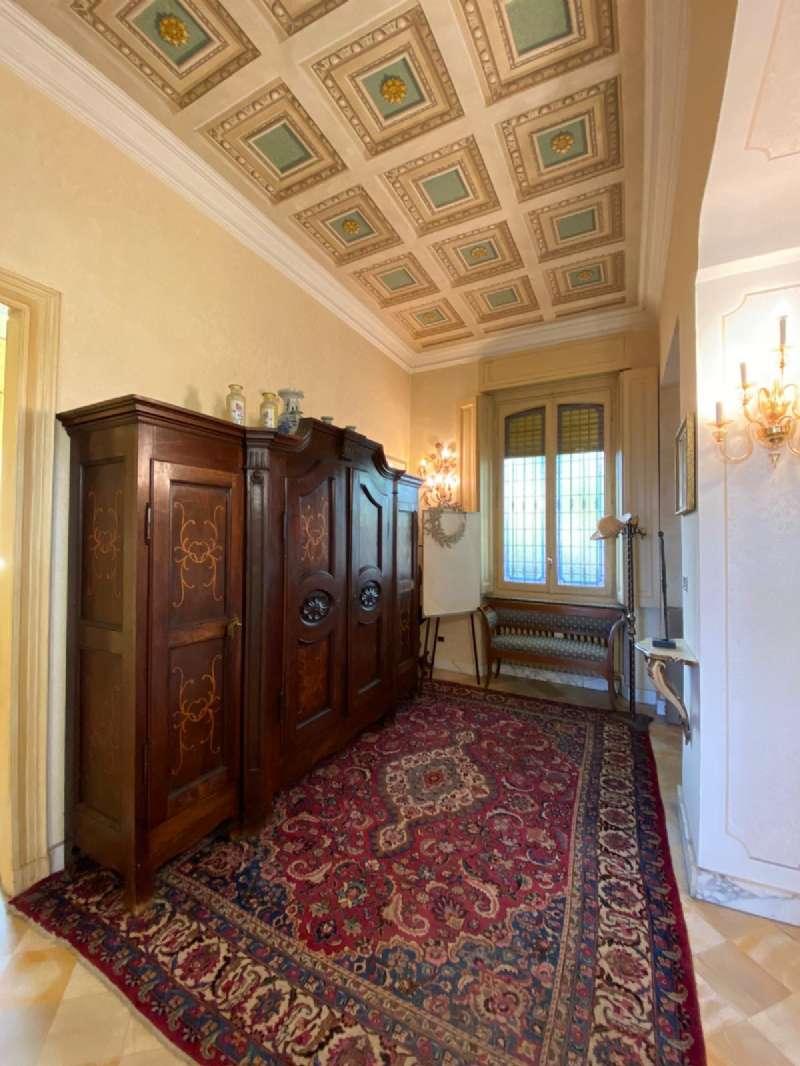 RIVOLI - Villa d'epoca con parco, foto 11