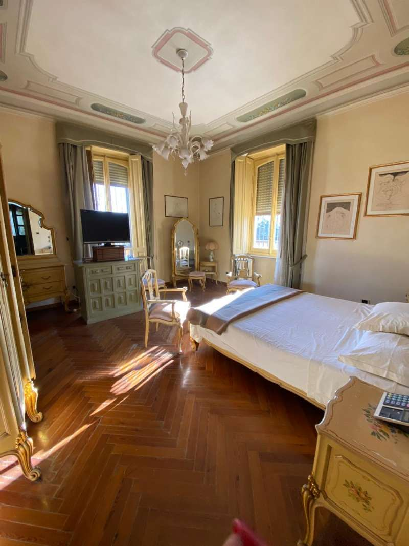 RIVOLI - Villa d'epoca con parco, foto 16