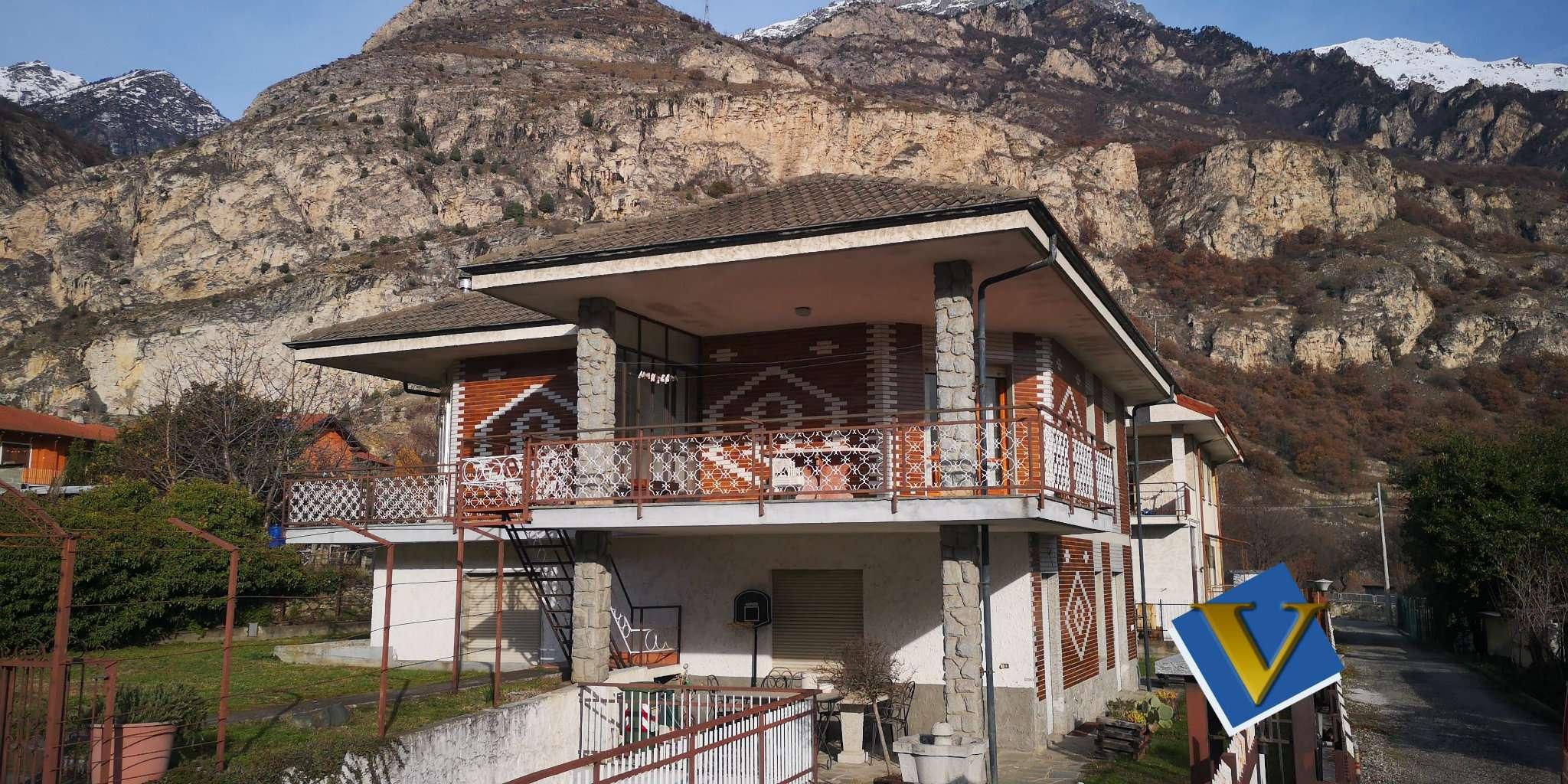 Soluzione Indipendente in vendita a Bussoleno, 12 locali, prezzo € 250.000 | PortaleAgenzieImmobiliari.it