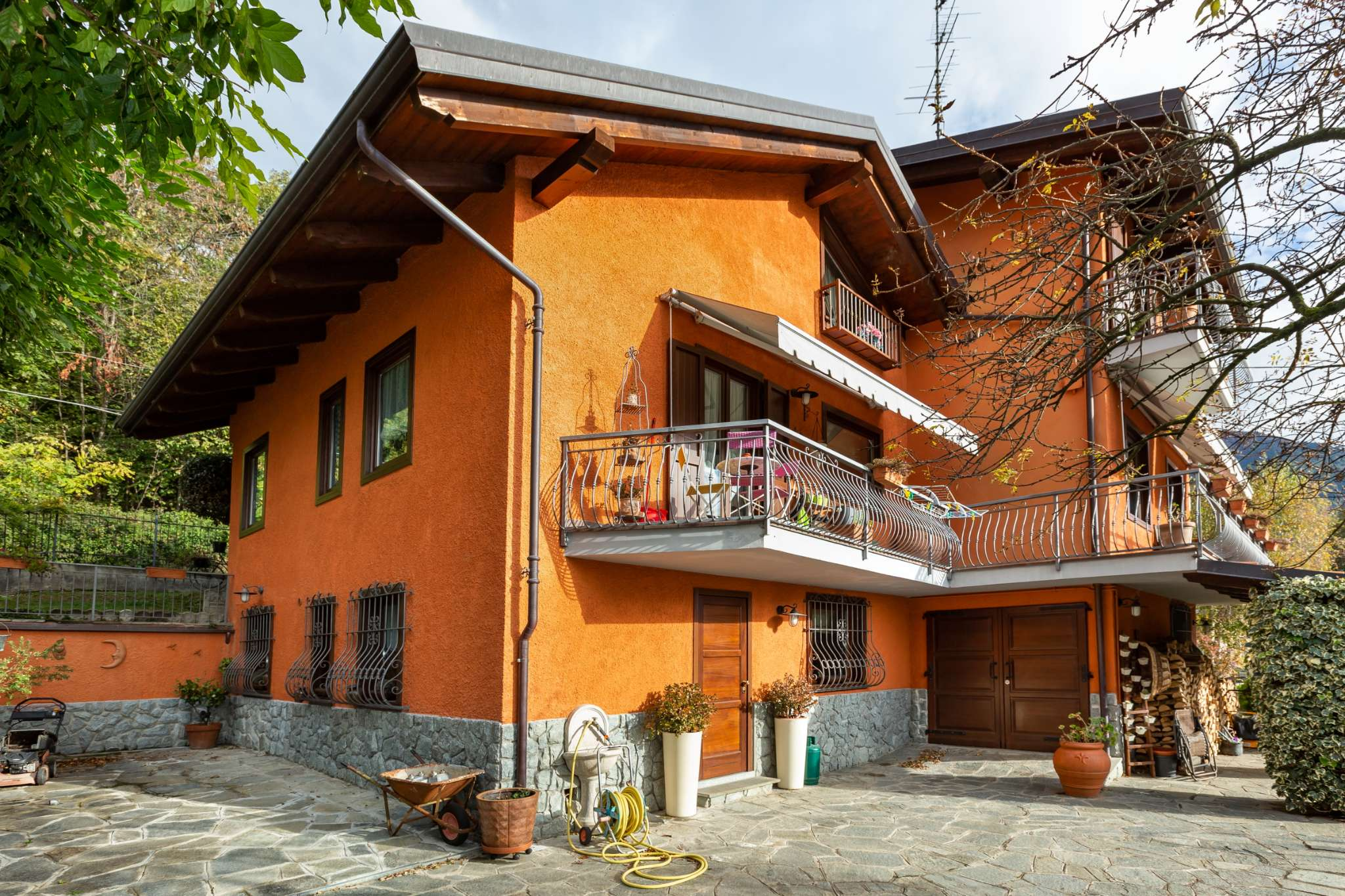 Villa in vendita a Almese, 13 locali, prezzo € 445.000   PortaleAgenzieImmobiliari.it