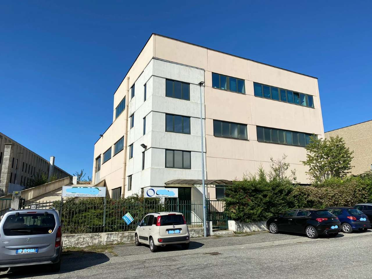 Capannone in vendita a Rivoli, 10 locali, prezzo € 265.000   PortaleAgenzieImmobiliari.it