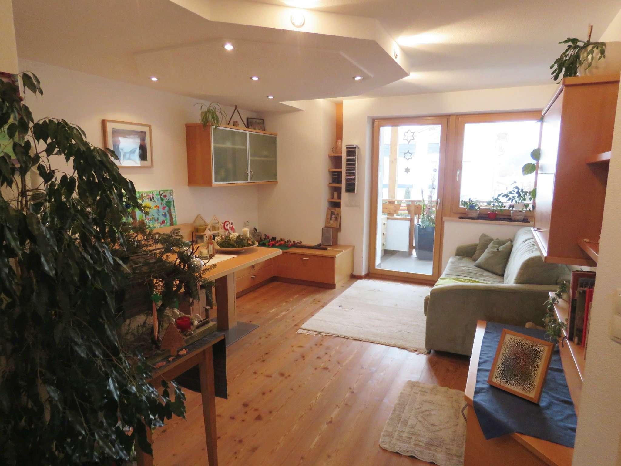 Appartamento in buone condizioni arredato in vendita Rif. 5088717