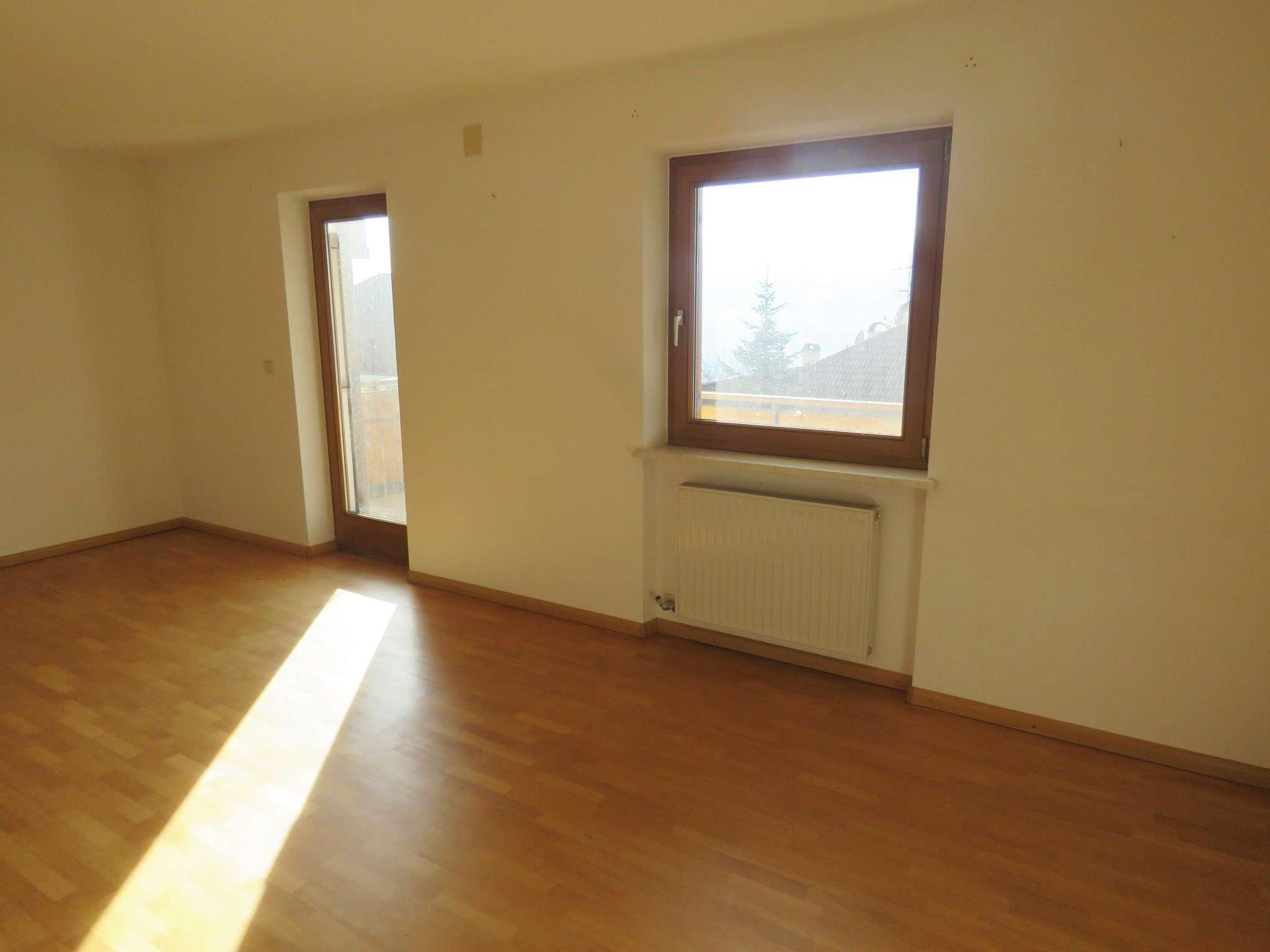 Appartamento in buone condizioni in vendita Rif. 5417512