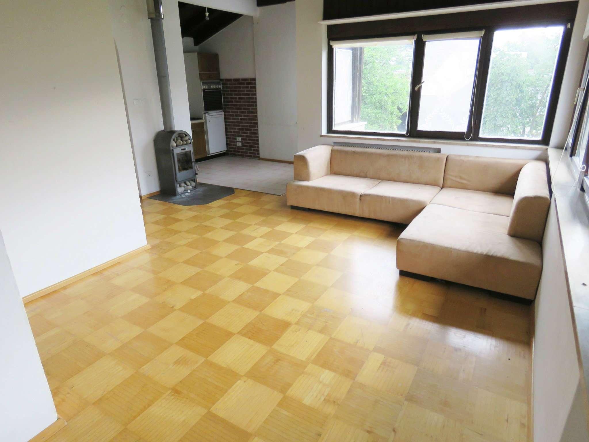 Appartamento da ristrutturare in vendita Rif. 6775596