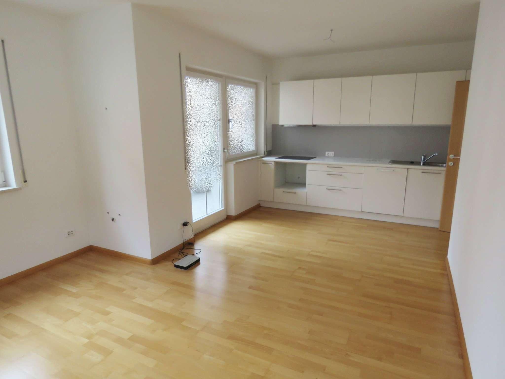 Appartamento in ottime condizioni parzialmente arredato in vendita Rif. 8065514