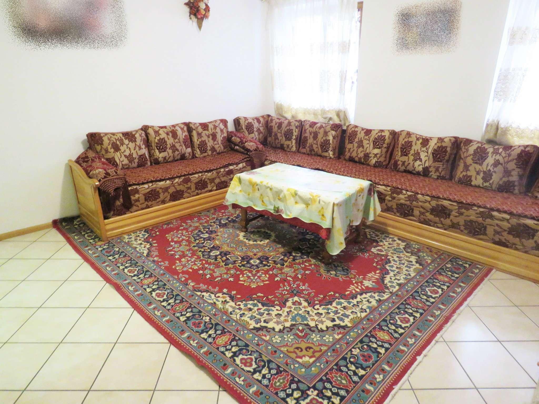 Appartamento in buone condizioni in vendita Rif. 8443255