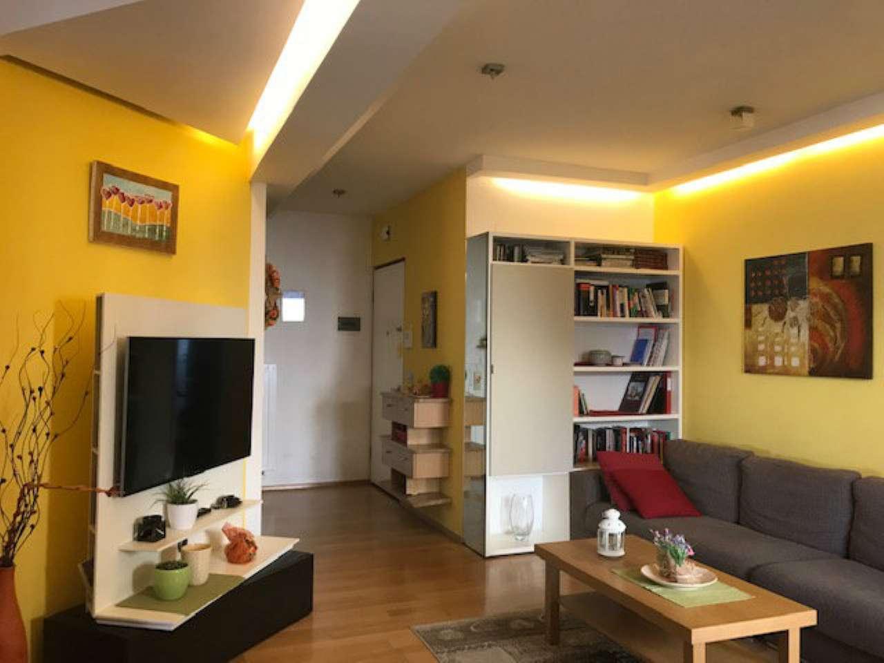 Appartamento ristrutturato arredato in vendita Rif. 8912301