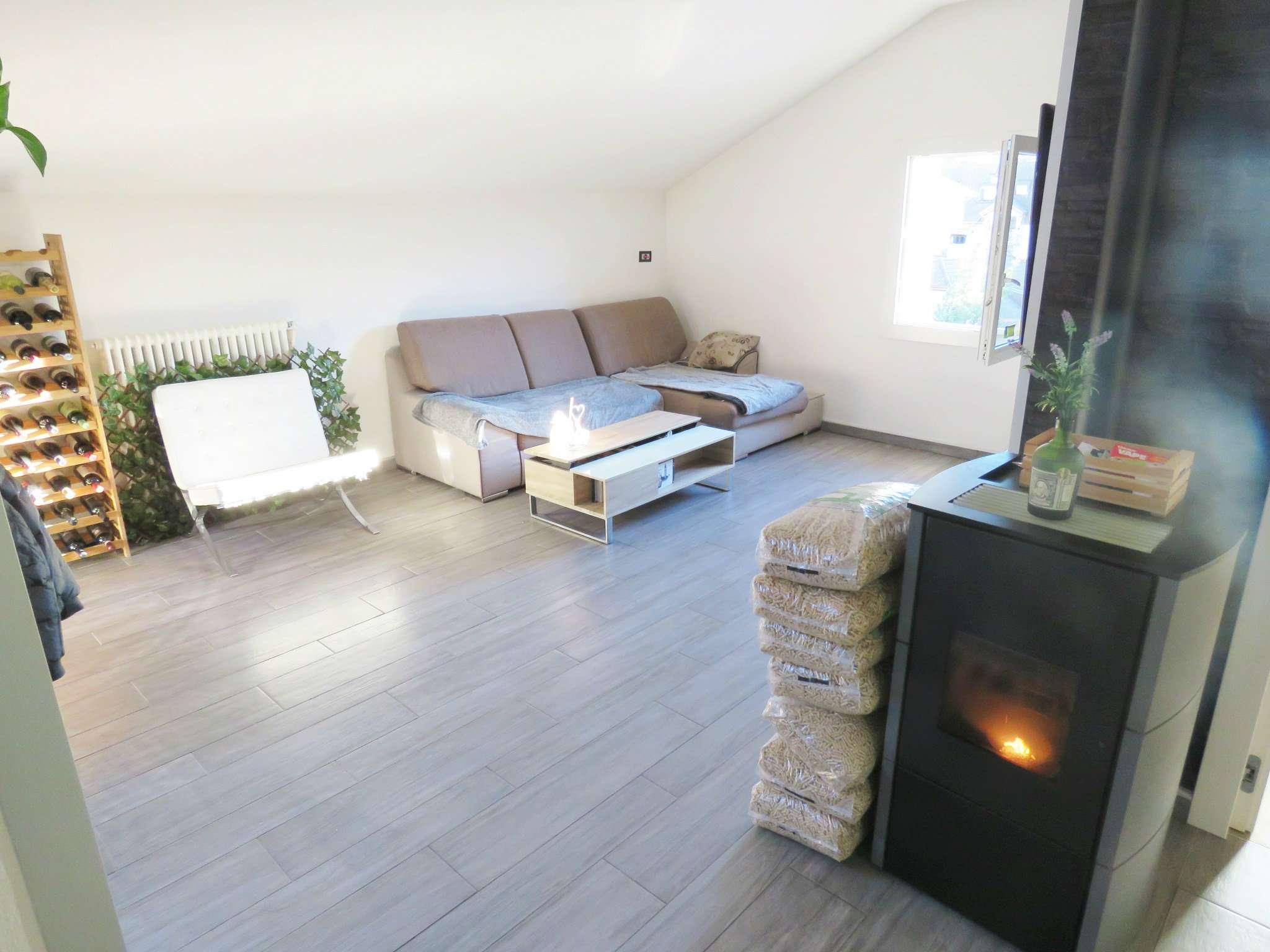 Appartamento ristrutturato arredato in vendita Rif. 8925485