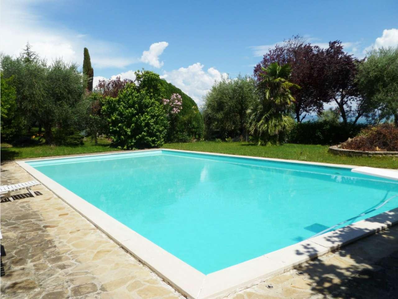 Villa in vendita a Moniga del Garda, 6 locali, Trattative riservate   PortaleAgenzieImmobiliari.it