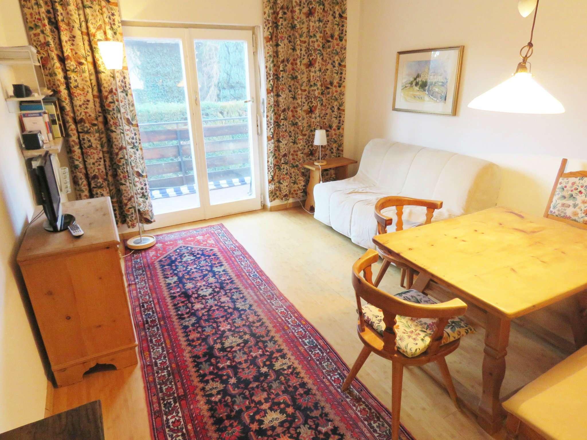 Appartamento in buone condizioni parzialmente arredato in vendita Rif. 9160294