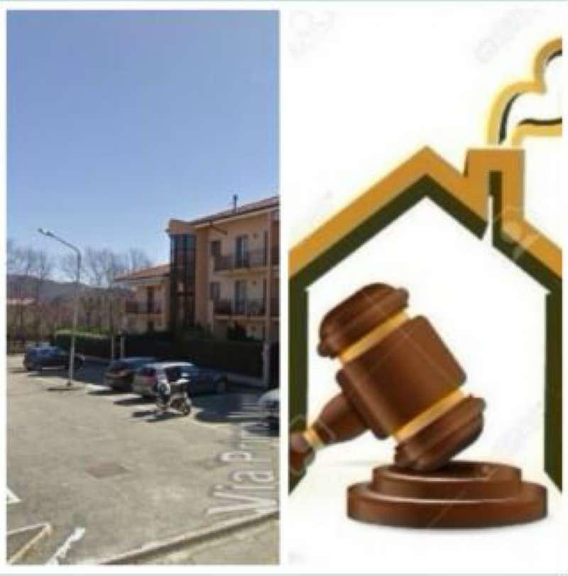 Appartamento in vendita a Giaveno, 3 locali, prezzo € 120.000 | CambioCasa.it