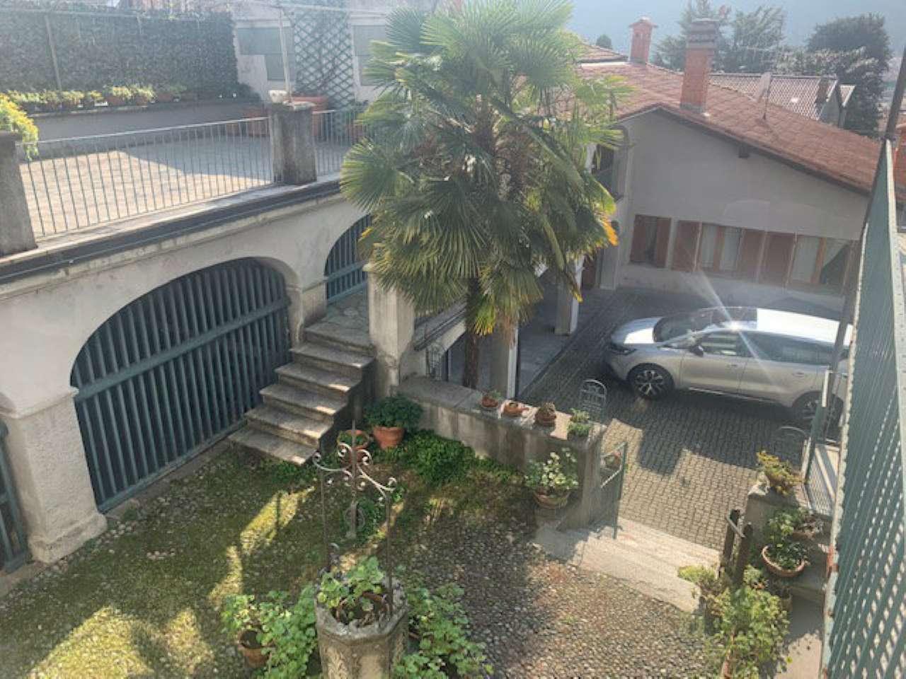 Soluzione Indipendente in vendita a Settimo Vittone, 13 locali, prezzo € 200.000 | CambioCasa.it