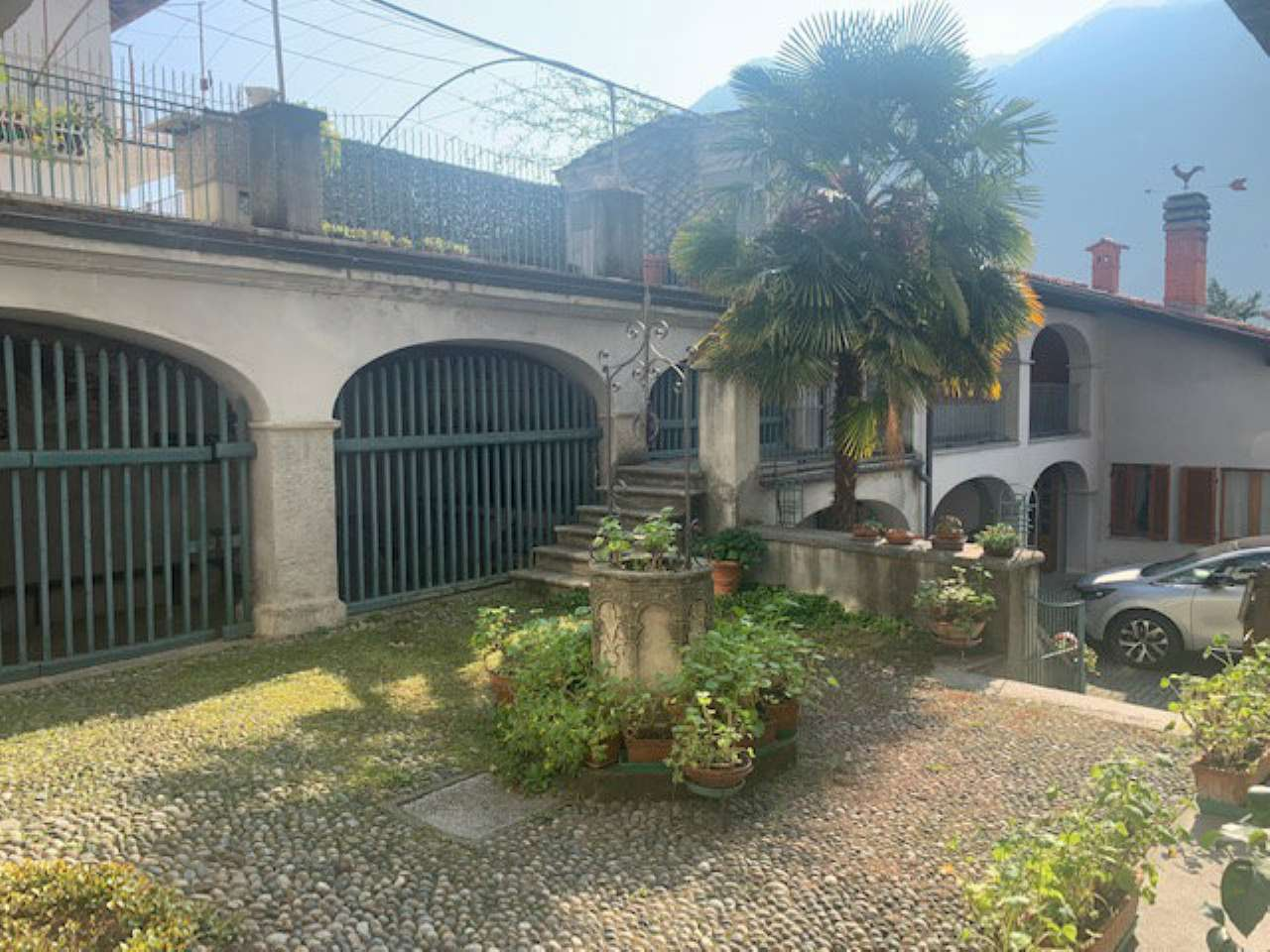 Soluzione Indipendente in vendita a Settimo Vittone, 13 locali, prezzo € 175.000   PortaleAgenzieImmobiliari.it