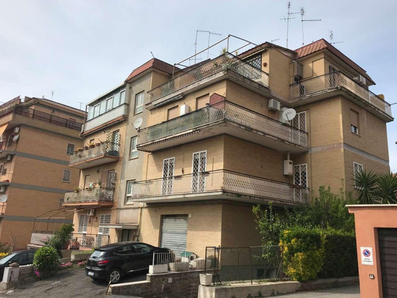 Attico / Mansarda in vendita a Roma, 3 locali, zona Zona: 40 . Piana del Sole, Casal Lumbroso, Malagrotta, Ponte Galeria, prezzo € 119.000   CambioCasa.it