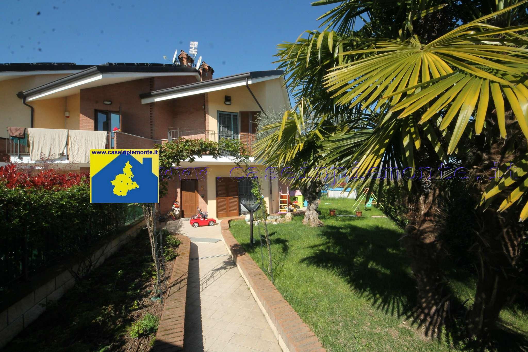 Soluzione Indipendente in vendita a Pianezza, 9 locali, prezzo € 309.000   CambioCasa.it