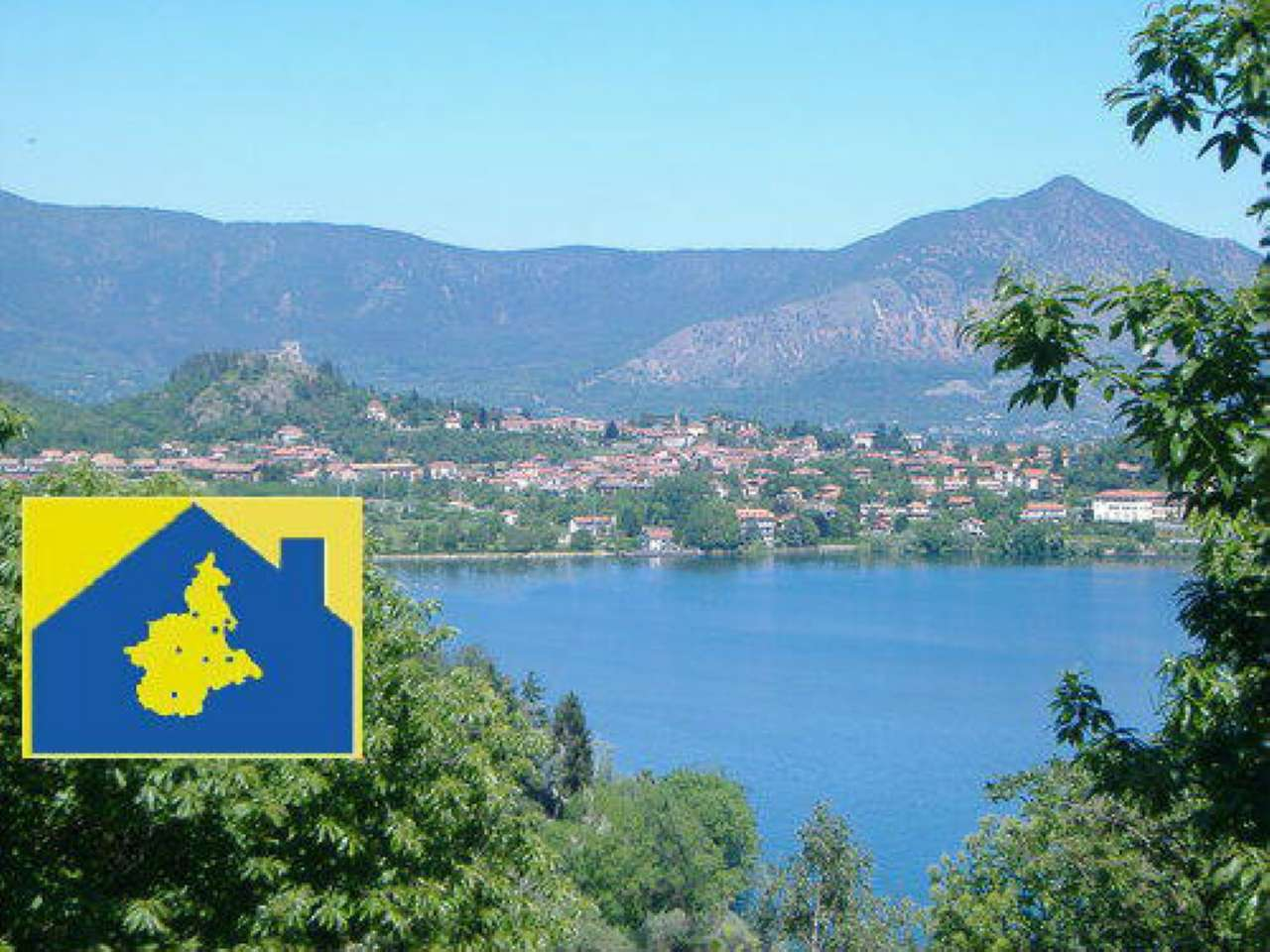 Villa Bifamiliare in vendita a Avigliana, 10 locali, prezzo € 660.000 | CambioCasa.it