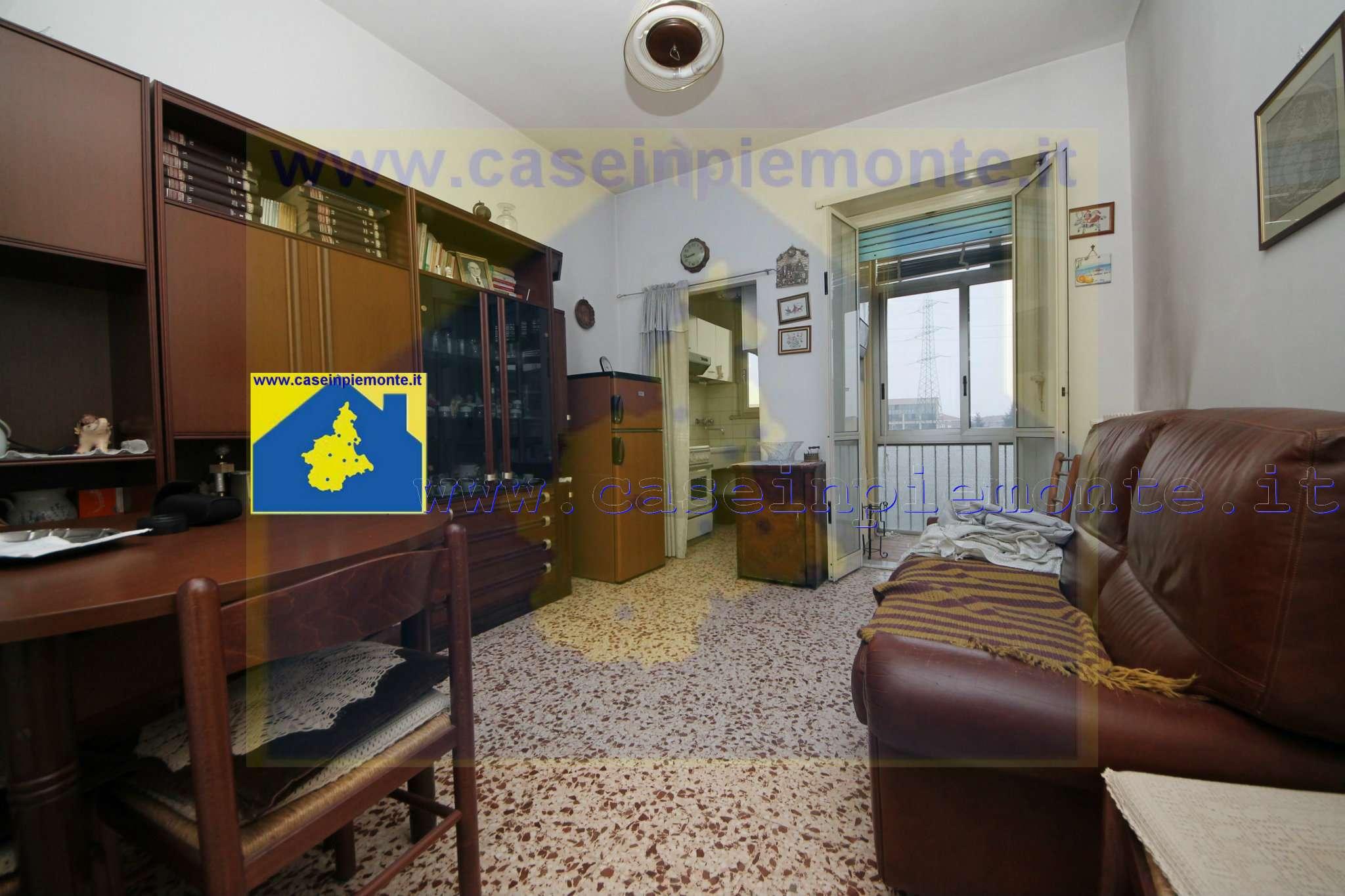 Appartamento in vendita a Rivoli, 2 locali, prezzo € 69.000 | CambioCasa.it