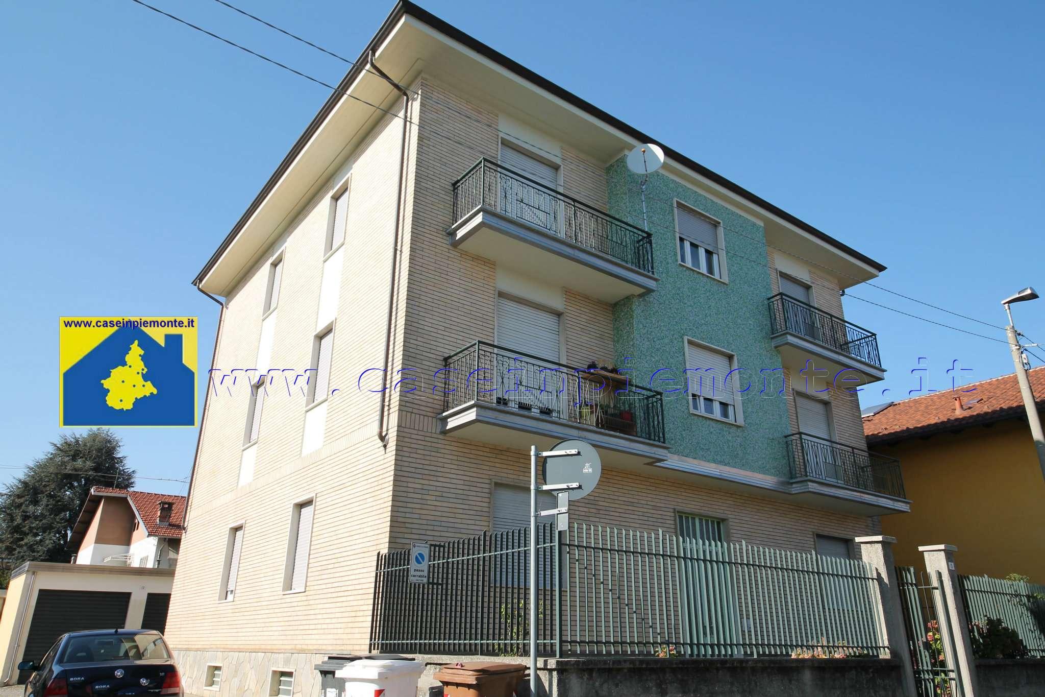 Appartamento in buone condizioni in affitto Rif. 8112404
