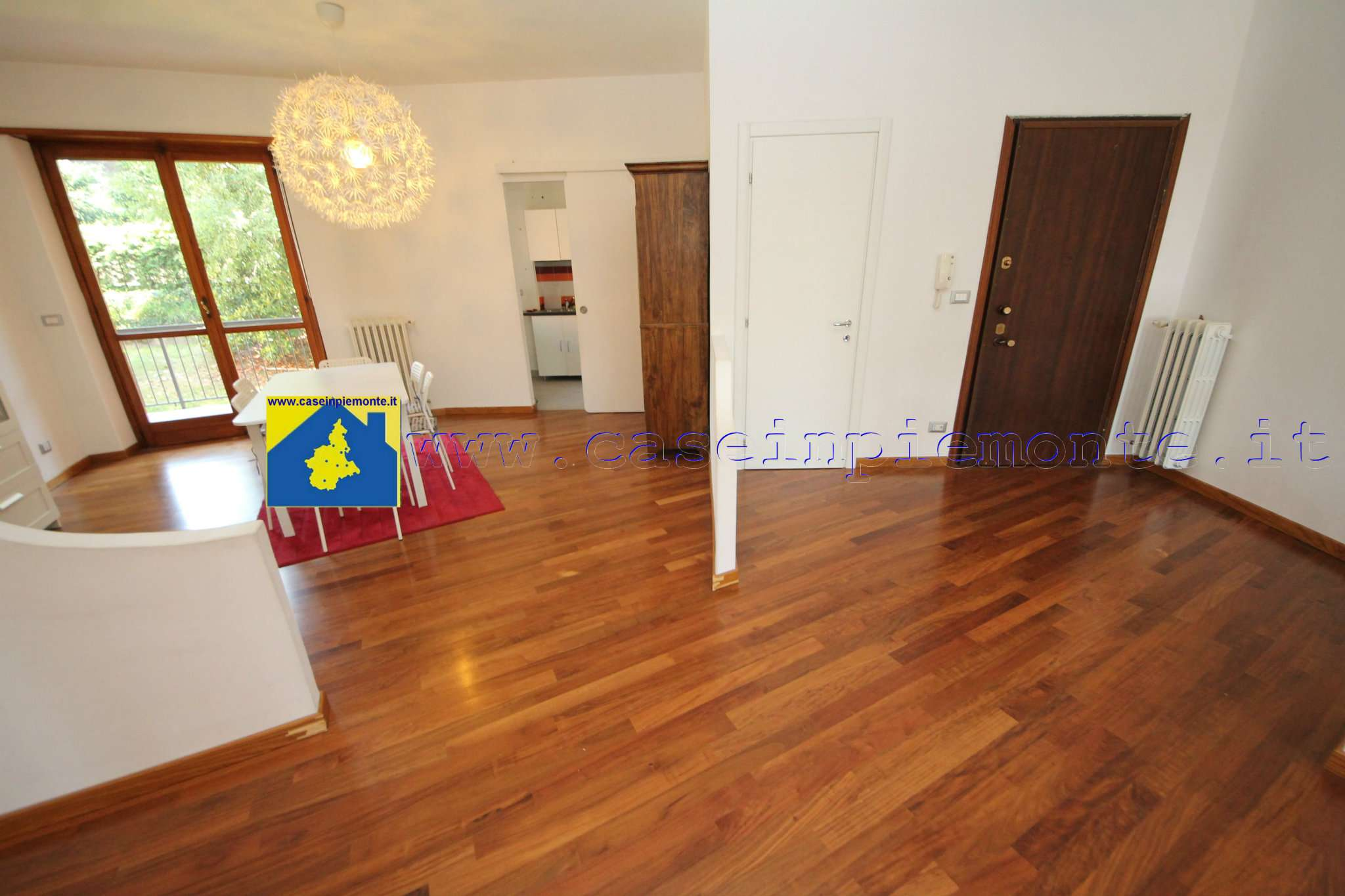 Appartamento in vendita a Rosta, 6 locali, prezzo € 235.000 | CambioCasa.it