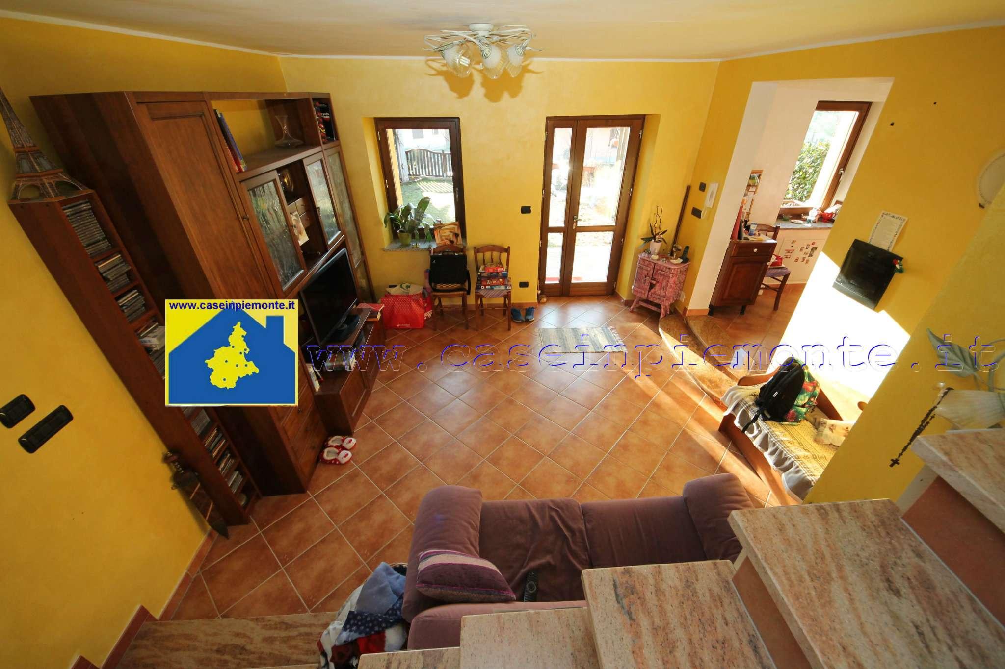 Soluzione Indipendente in vendita a Val della Torre, 4 locali, prezzo € 255.000   CambioCasa.it