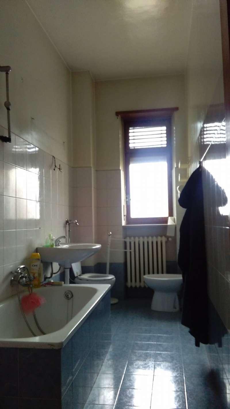 Appartamento in vendita a Beinasco, 3 locali, prezzo € 78.000 | CambioCasa.it