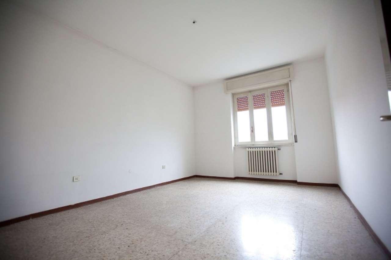 Appartamento in condizioni mediocri in affitto Rif. 5092721