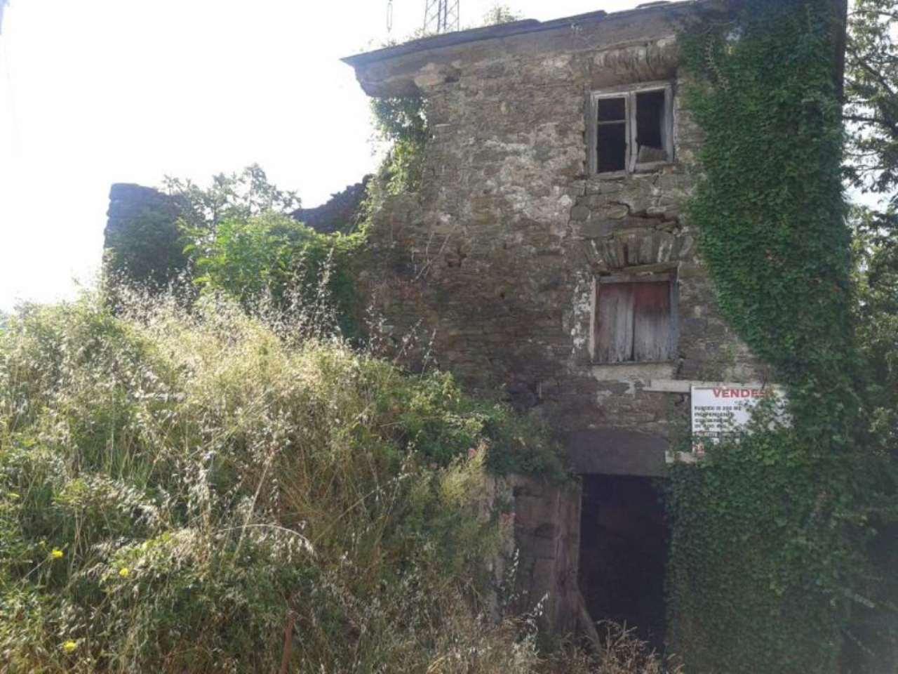 Rustico / Casale in vendita a Borzonasca, 6 locali, prezzo € 39.000 | CambioCasa.it