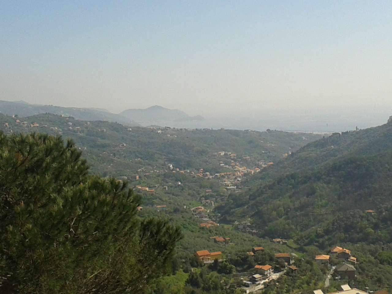 Leivi (In Palazzina Bifamigliare con vista mare)
