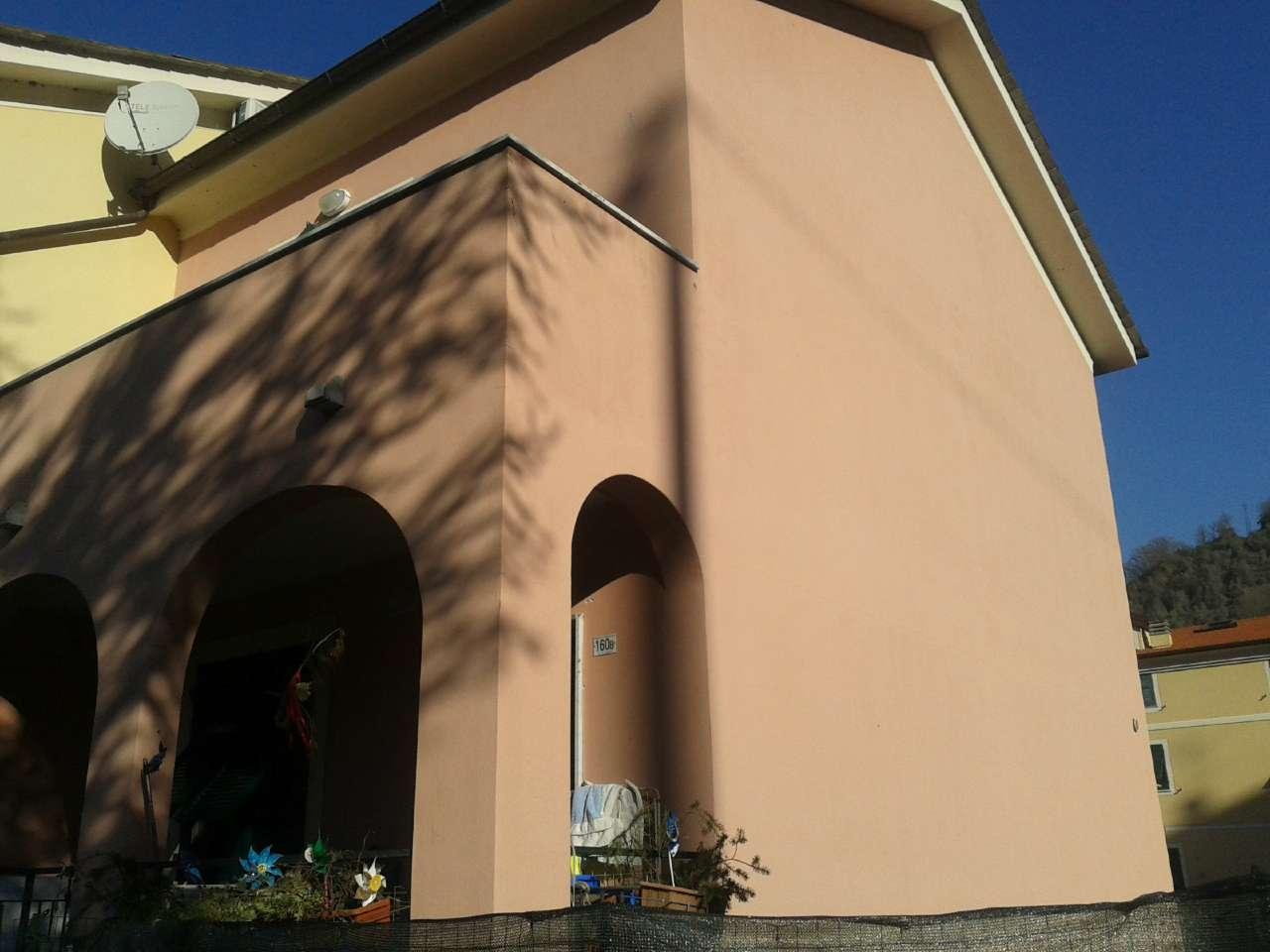 Soluzione Semindipendente in vendita a Borzonasca, 5 locali, prezzo € 159.000 | CambioCasa.it