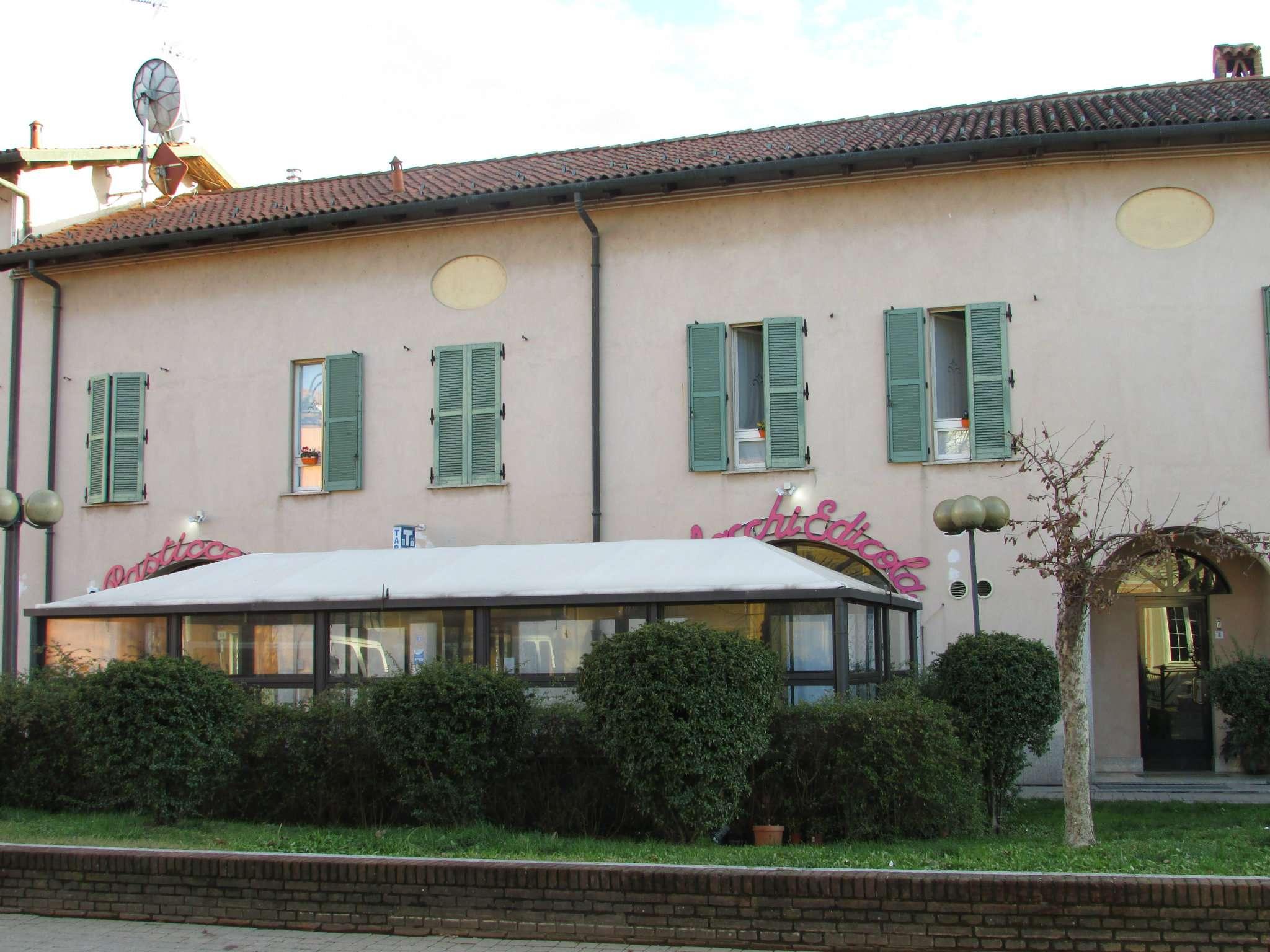 Appartamento in vendita a Cerro al Lambro, 5 locali, prezzo € 395.000   CambioCasa.it