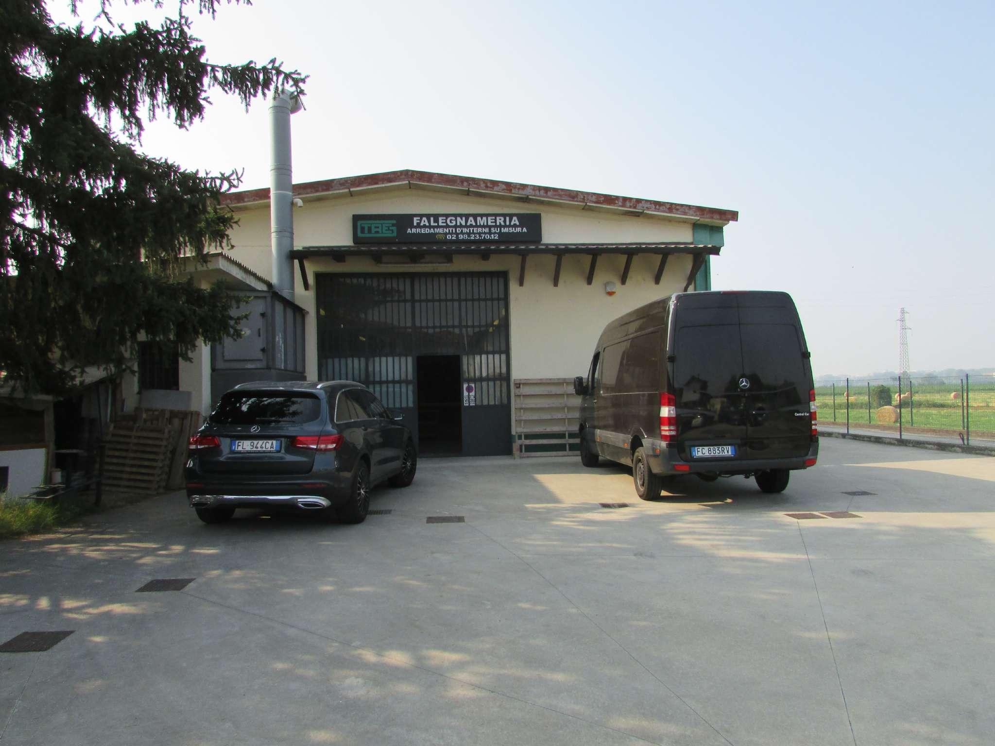 Capannone in affitto a Colturano, 9999 locali, prezzo € 2.000 | PortaleAgenzieImmobiliari.it