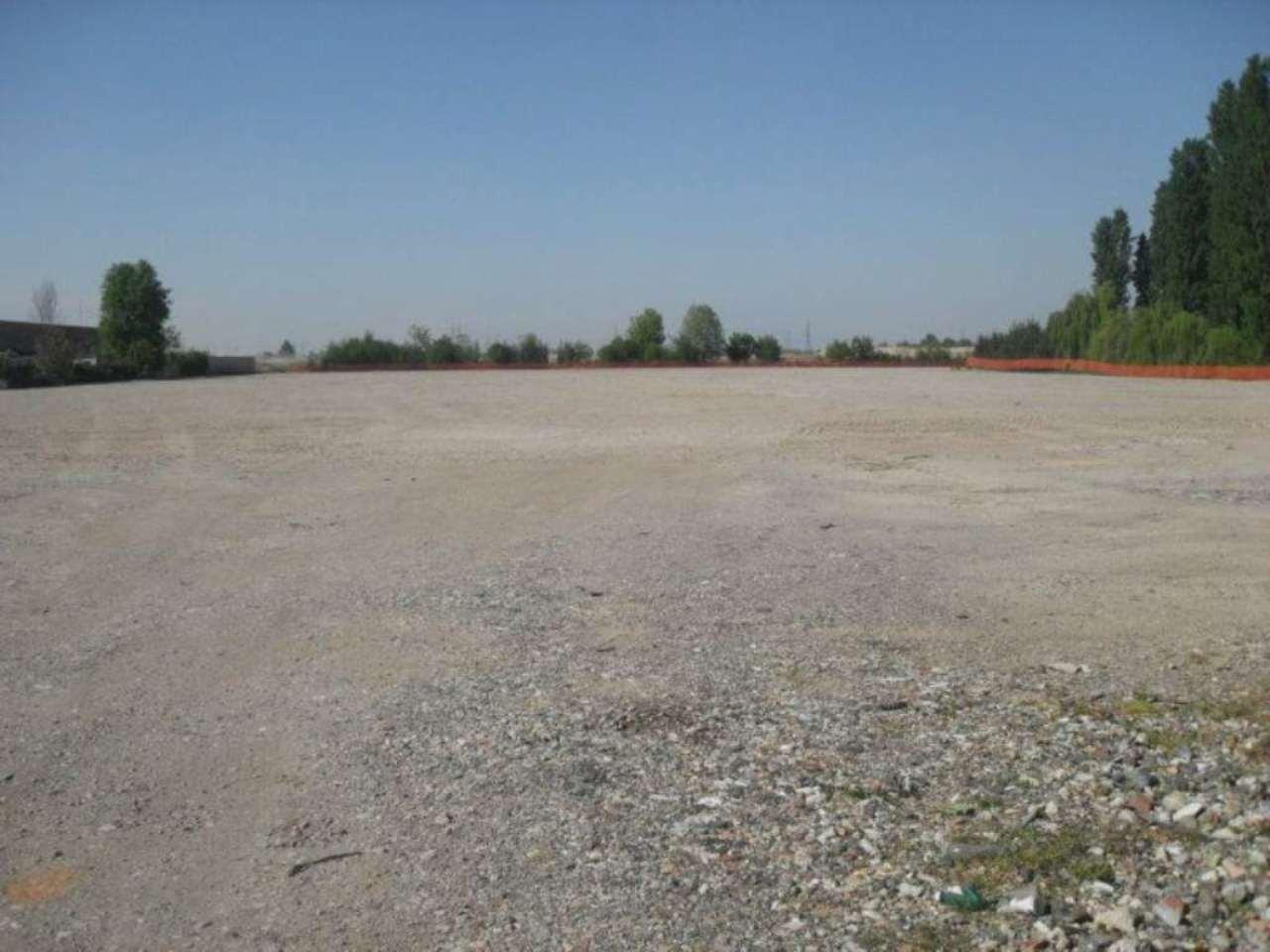 Terreno Edificabile Comm.le/Ind.le in vendita a Sordio, 9999 locali, Trattative riservate | CambioCasa.it
