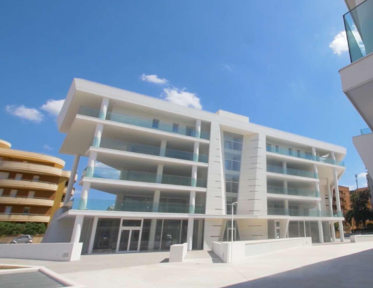 Modernissimo ufficio con 160 mq di terrazza Rif. 9196288