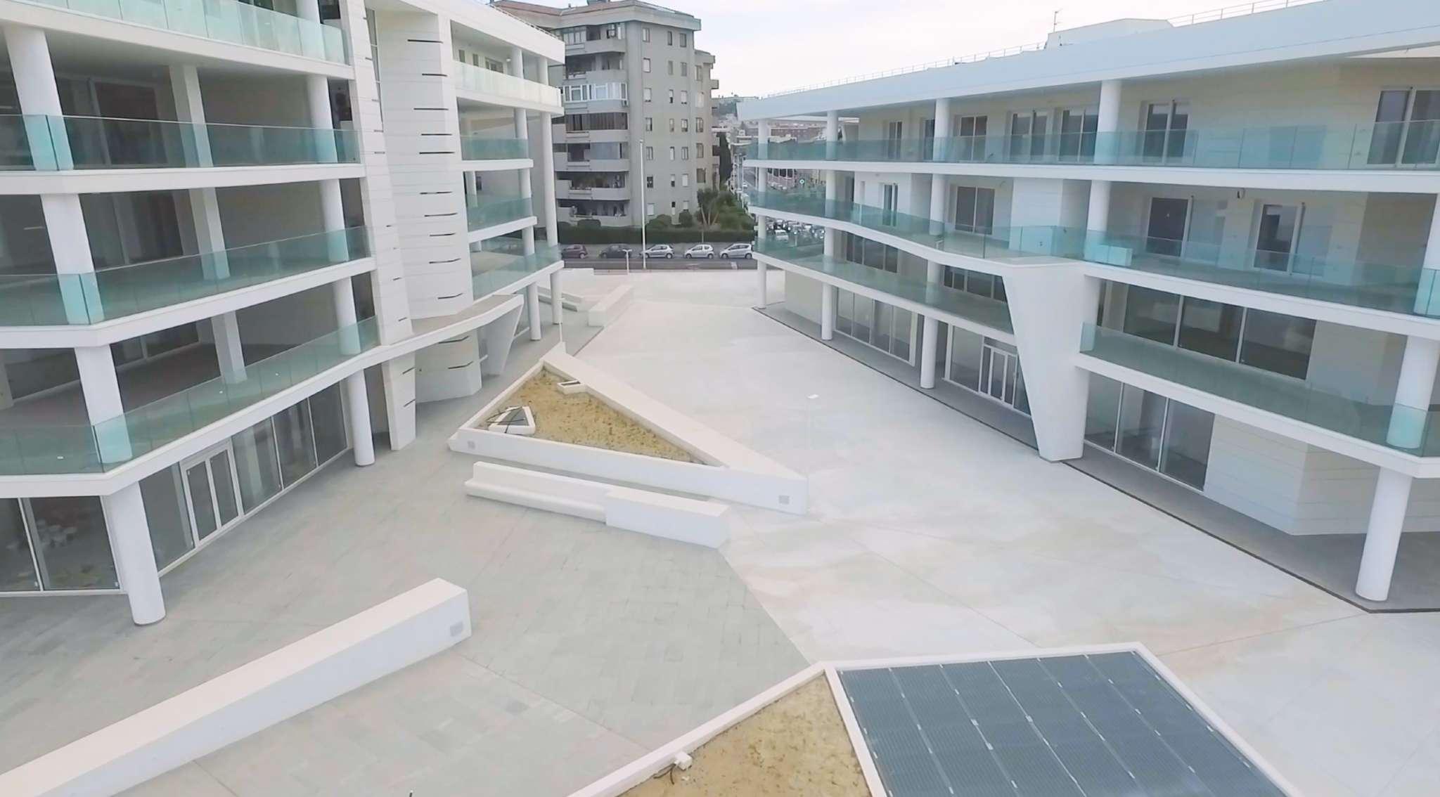 Ufficio a reddito nel più moderno stabile di Cagliari Rif. 9196289