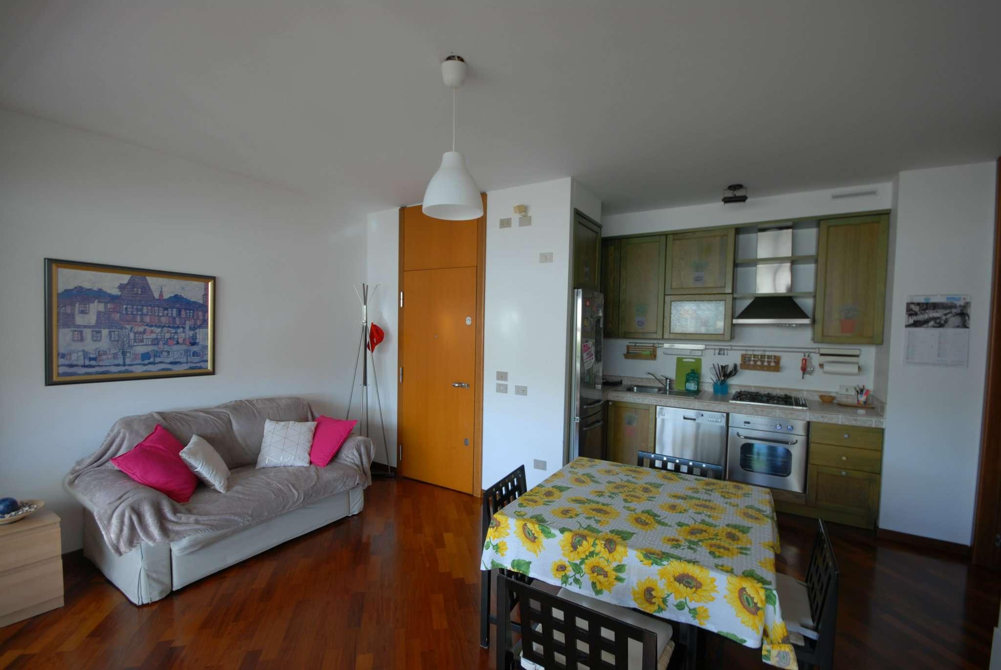 Appartamento in vendita a Basiglio, 9999 locali, prezzo € 165.000 | CambioCasa.it