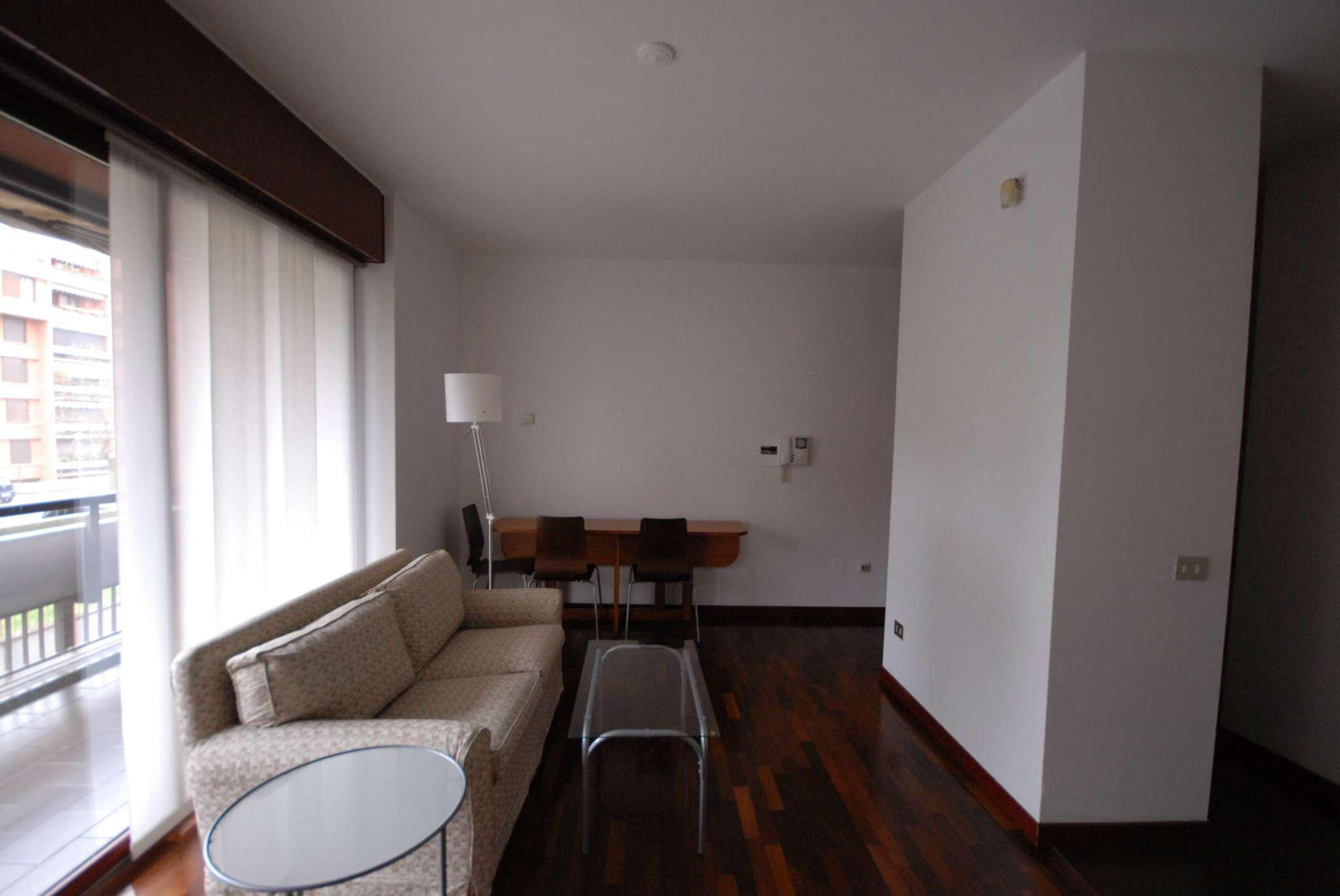 Appartamento in affitto a Basiglio, 2 locali, prezzo € 700 | CambioCasa.it