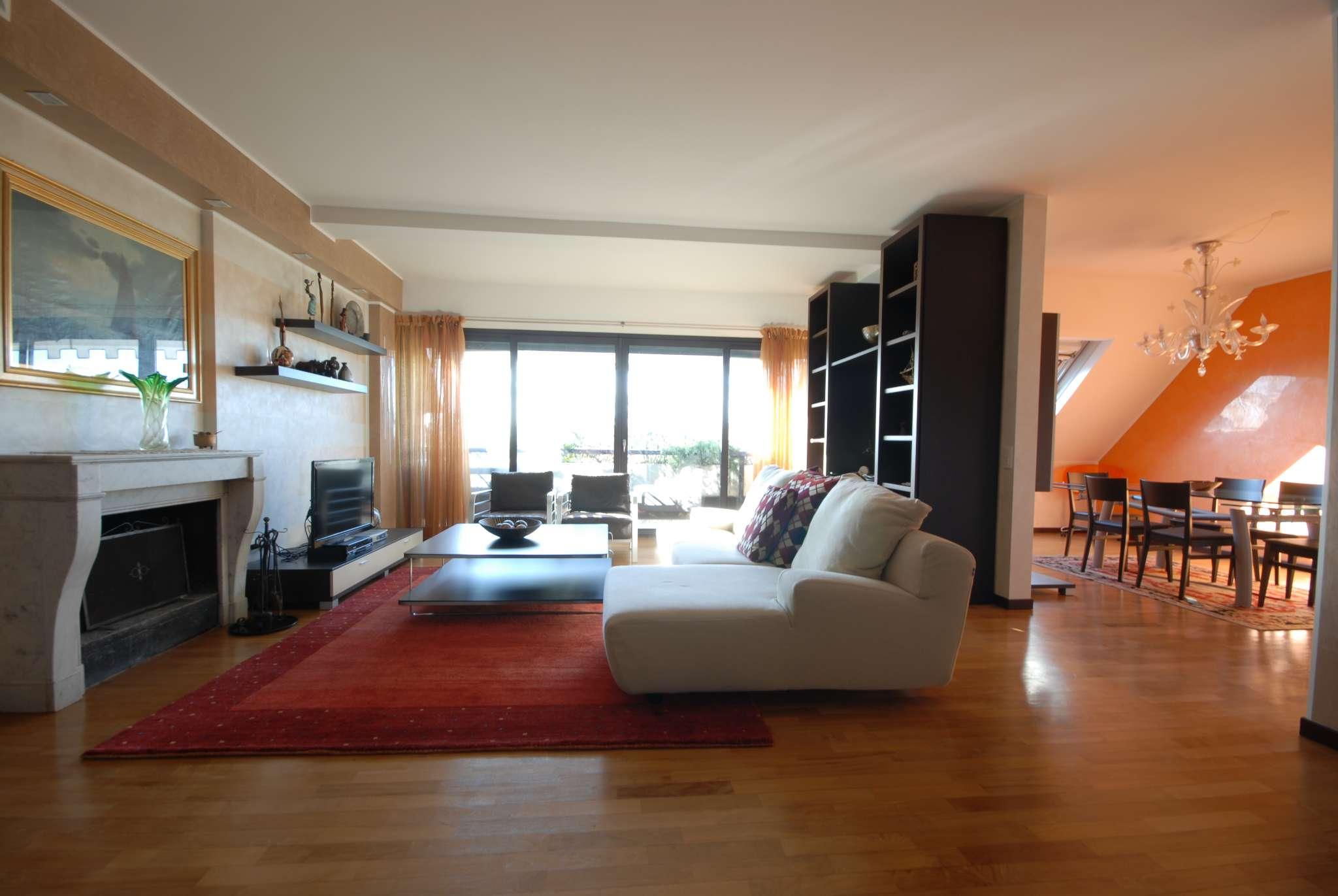 Appartamento in vendita a Basiglio, 4 locali, prezzo € 420.000 | CambioCasa.it